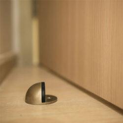 Αξεσουάρ πόρτας
